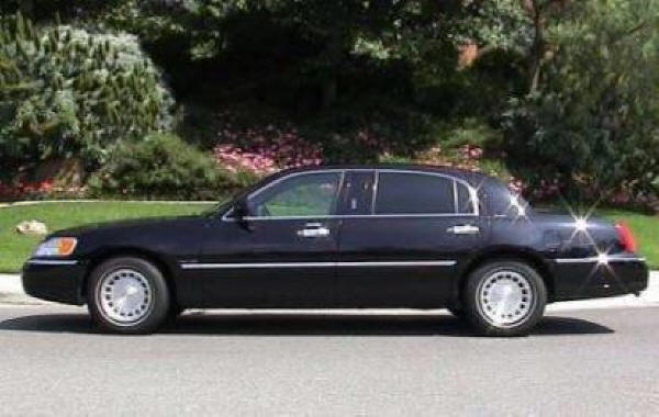 Corporate?  Use Our Executive Sedan